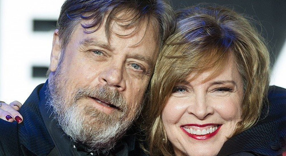Harrison Ford honors Carrie Fisher at Mark Hamill's Walk of Fame induction